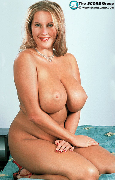 big breast gallerys jpg 1152x768